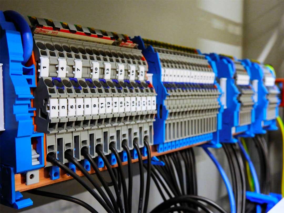 2 critères pour identifier un électricien performant